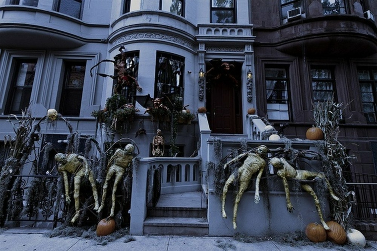 ideas halloween-decorate-exterior