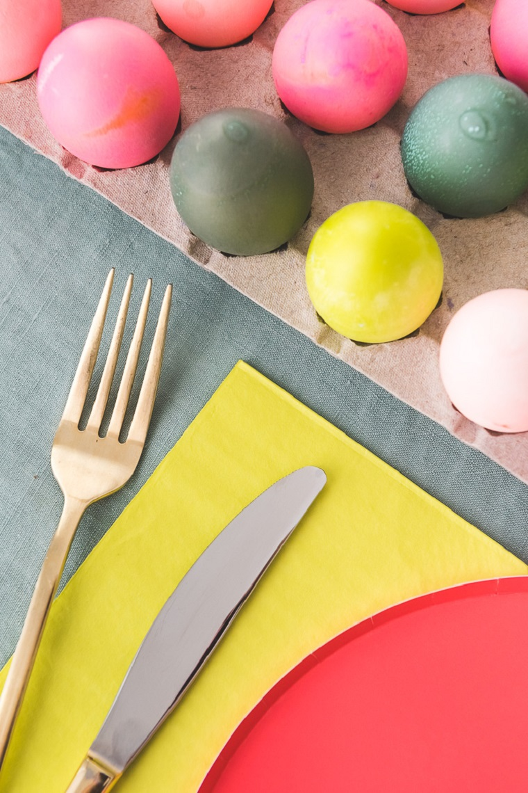 easter-crafts-way-table-ovos