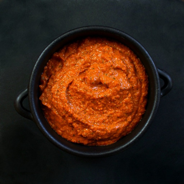 "comer-no-ar-receita-molho-hummus ""width ="" 760 ""height ="" 760 ""srcset ="" https://casaydiseno.com/ wp-content / uploads / 2019/05 / comer-no-ar-livre-receita-molho-hummus.jpg 760w, https://casaydisenoo.com/wp-content/uploads/2019/05/comer-al-aire -free-receita-molho-hummus-150x150.jpg 150w ""tamanhos ="" (max-width: 760px) 100vw, 760px ""/> </p> <h3 style="