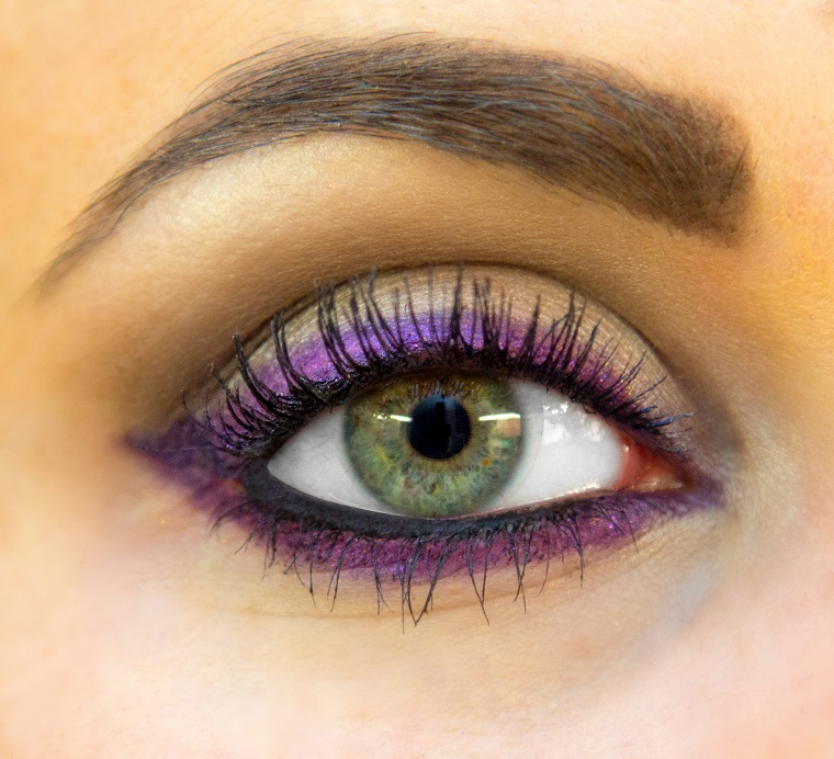 eyeliners-colourful-trends-2019