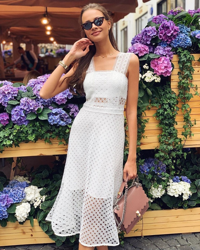 a primeira -data-clothing-dresses-fashion-2020
