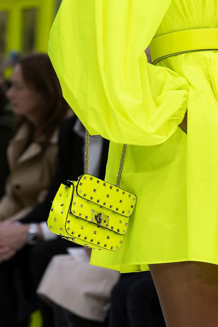 bag-color-neon-ideas