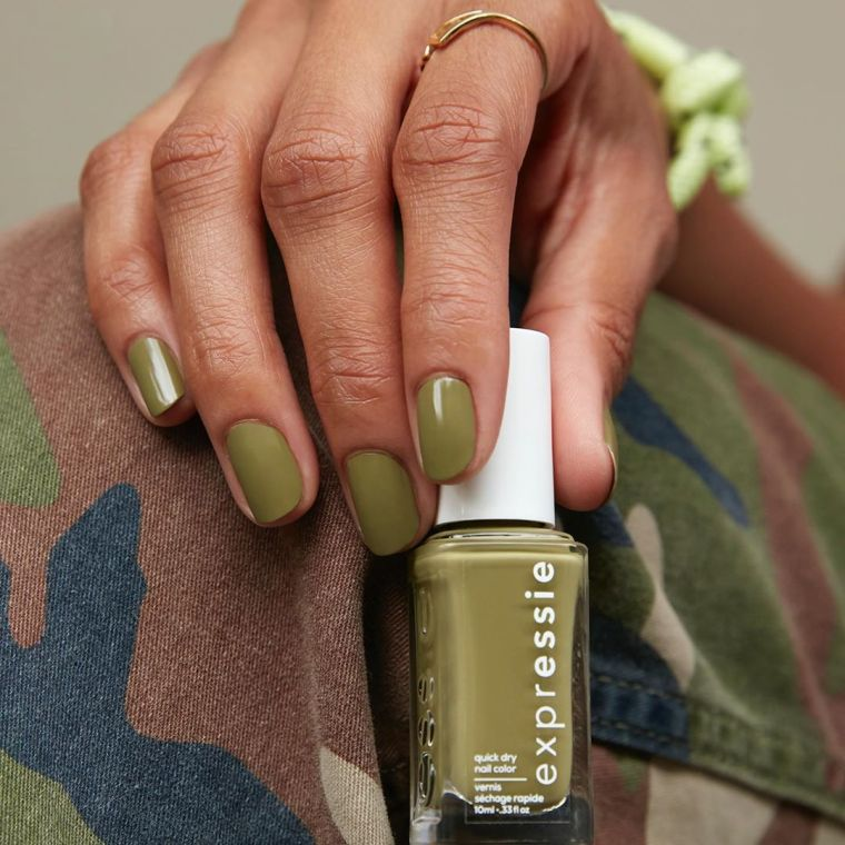 manicure-fashion-short-nail-color-green