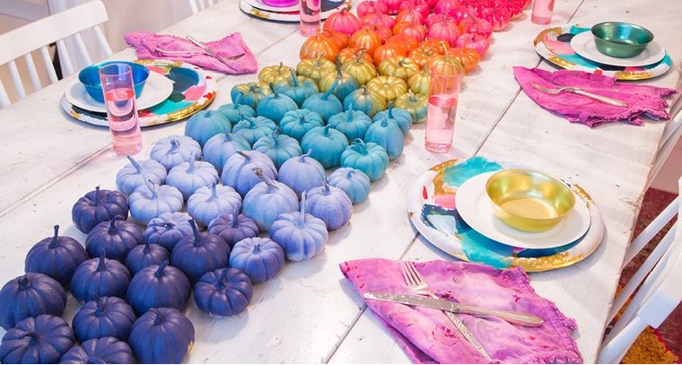 happy colors dining table