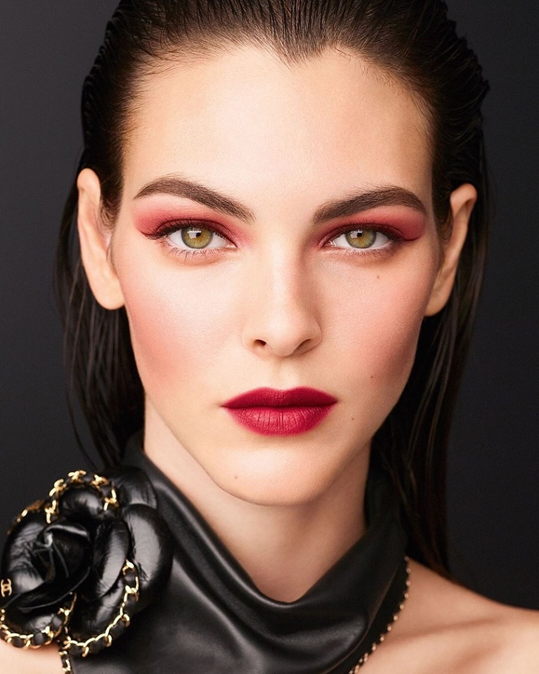 Chanel-makeup-options-style
