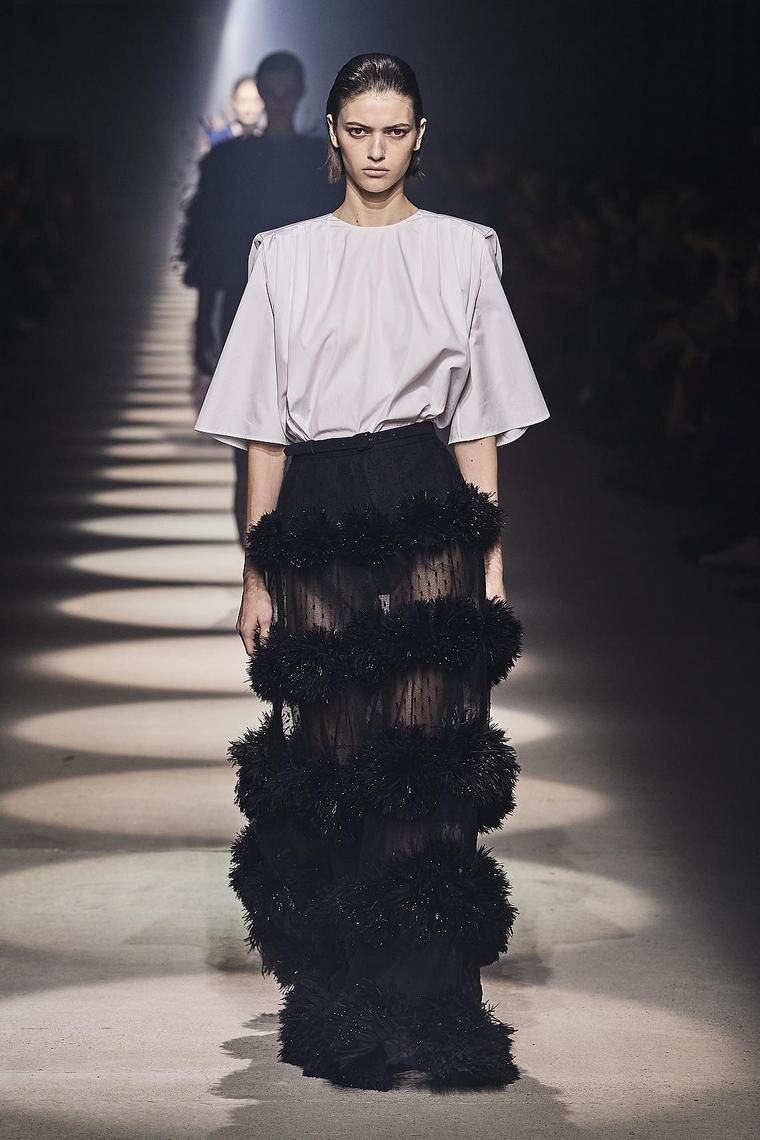 dresses-party-2020-givenchy-style