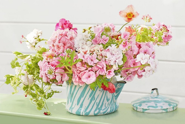 spring-2021-beautiful-decorations-vintage