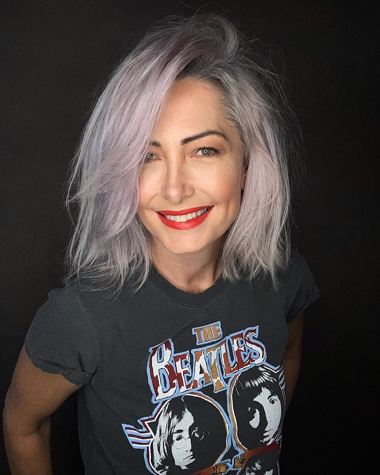 grey-hair-color-trends-2021