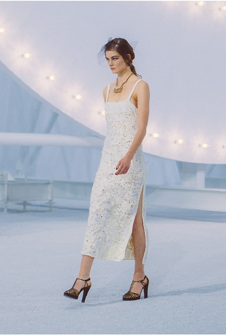 chanel-spring-summer-white-dress