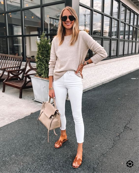 Outfits com jeans branco casual