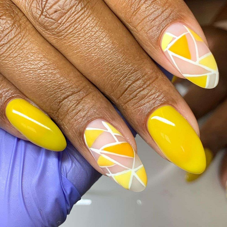 """Nail-for-summer-2021-yellow """"width ="""" 760 """"height ="""" 760 """"srcset ="""" https://casaydiseno.com/wp- content / uploads / 2021/06 / unas-para-verano-2021-amarillo.jpg 760w, https://casaydiseno.com/wp-content/uploads/2021/06/unas-para-verano-2021-amarillo-150x150 .jpg 150w """"tamanhos ="""" (largura máxima: 760px) 100vw, 760px """"/> </p> <p style="""