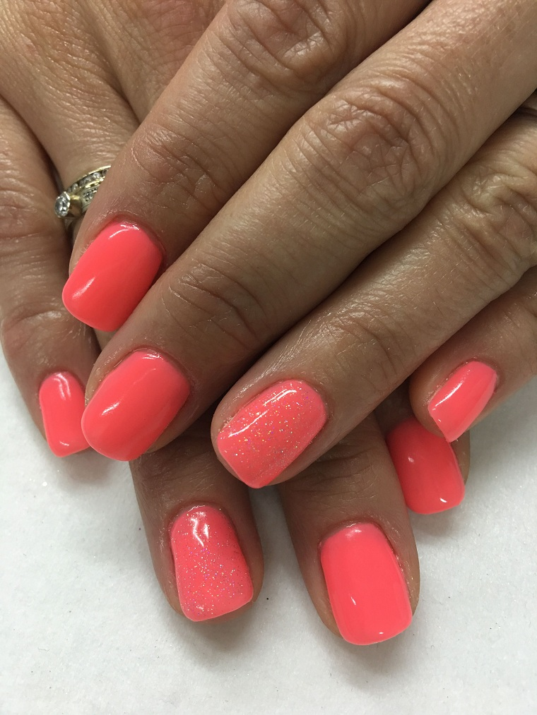 Nail-for-summer-2021-red-coral