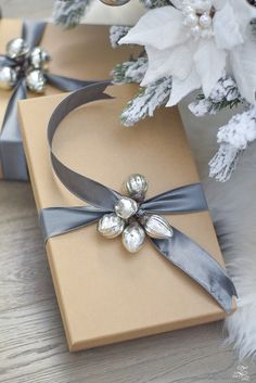 Wrappers Silver Christmas