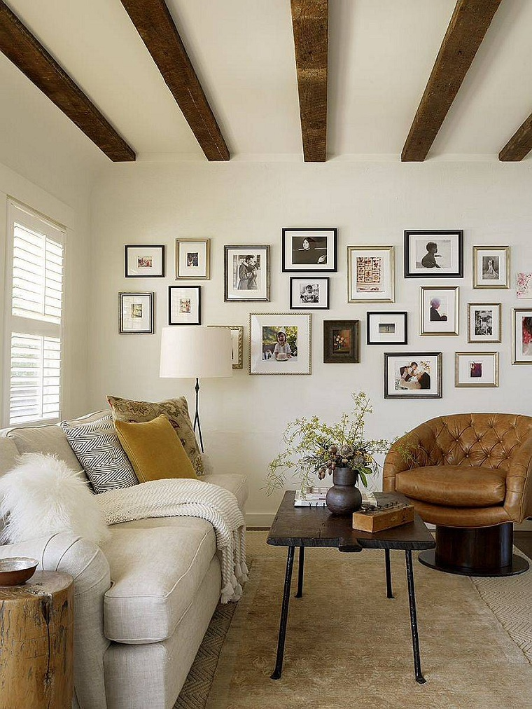 Living room-rustic-modern-accents-decorate-wall